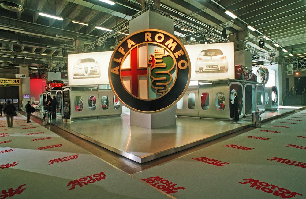 "ALFA ROMEO <font face=""Verdana, Arial, Helvetica, sans-serif"" size=""2""> Saloni dell'Auto da 2003 a 2005</font>"