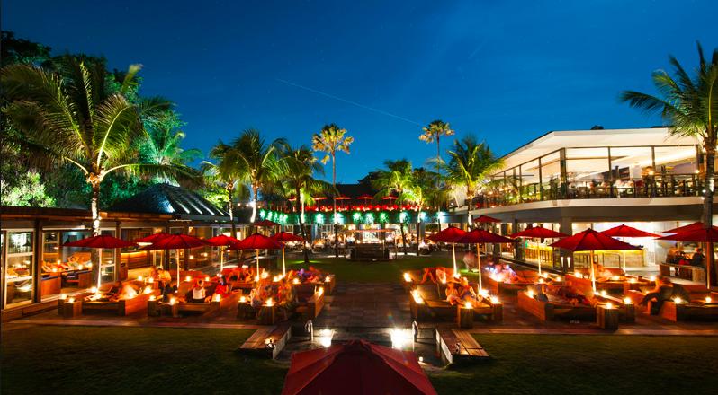 """KU.DE.TA. Beach Club <font face=""""Verdana, Arial, Helvetica, sans-serif"""" size=""""2"""">  Singapore – Hong Kong 2011 e 2015 </font>"""